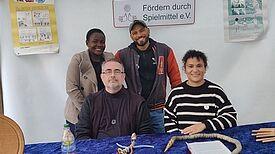 Das Team der neuen Ludothek in Neukölln. (Bild: Birgit Leiß)