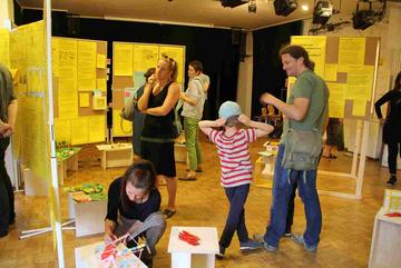 Ausstellung während der Zukunftswerkstatt Soldiner Straße. Foto: Dominique Hensel