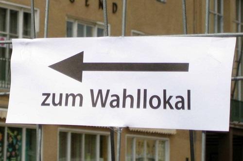 Im Bezirk Mitte öffnen rund 20 Wahllokale zu einer symbolischen Wahl. Bild: Andrei Schnell