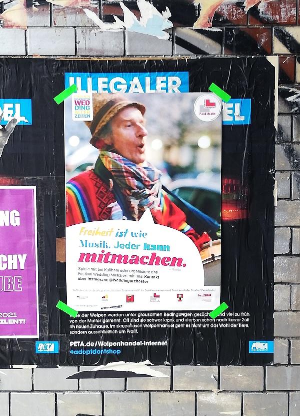 Finanziert wird die Werbeaktion für das Wir-Gefühl durch den Projektfonds des Quartiersmanagements Pankstraße. Die Idee ist, die Menschen im Kiez anzustiften, auch selbst etwas für ein schöneres Miteinander in der Nachbarschaft zu tun. (Bild: Dominique Hensel)